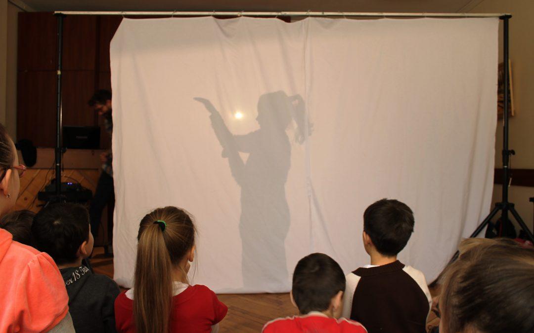 Akcja animacja! Teatr na jesienną nudę – warsztaty teatru cieni