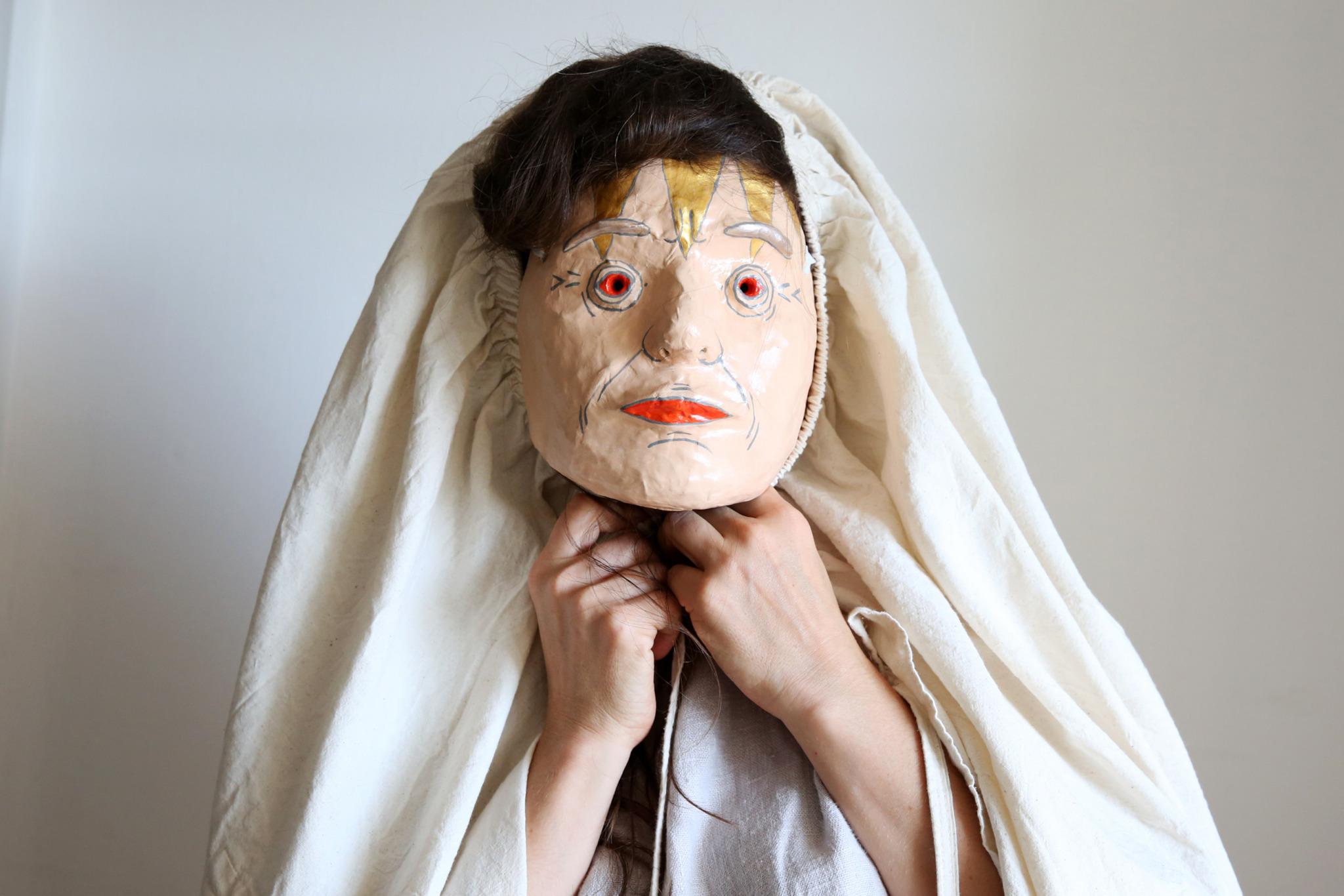 aktorka w masce